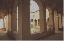 Chiostro della Chiesa di S. Maria della Pace